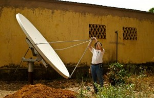 Internet Install at the Bible translation headquarters in Guinea-Bissau