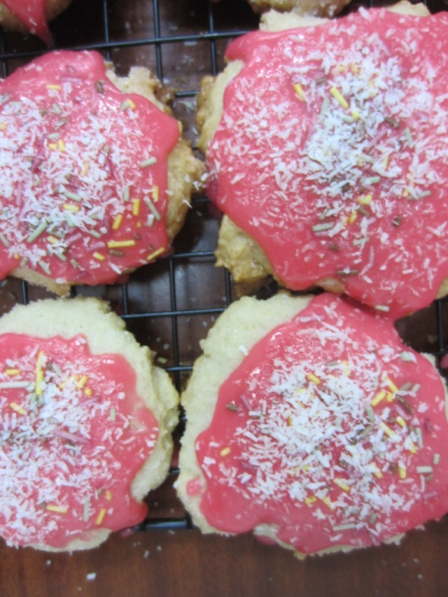 pizza cookies up close