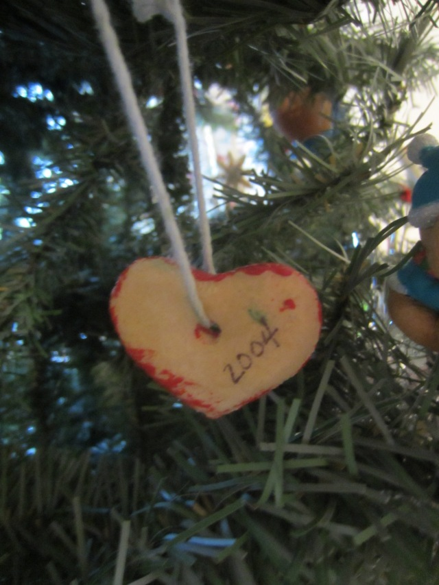 2004 ornament